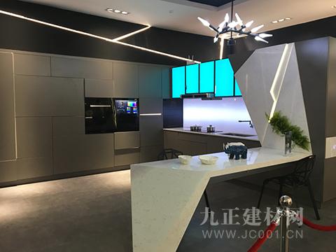 2018上海国际厨卫展爆料:柏厨智能厨柜——云厨盛世绽放领跑中国橱柜业