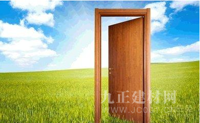 """张德飞打造中国木门平台,助力消费者找到希望之""""门"""""""