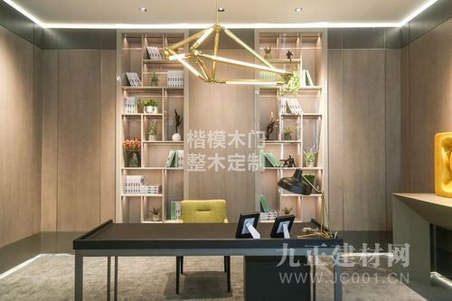 楷模木门荣获三大奖项耀目中国建博会(广州)