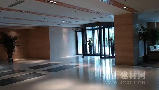 宝莲纳彩晶石坪,广受好评的高性能地坪系统