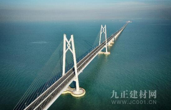 港珠澳大桥正式通车 三棵树助力超级工程