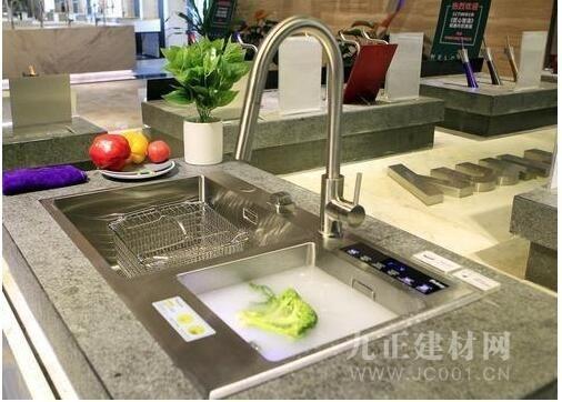 普乐美厨卫推出黑科技果蔬净化新品