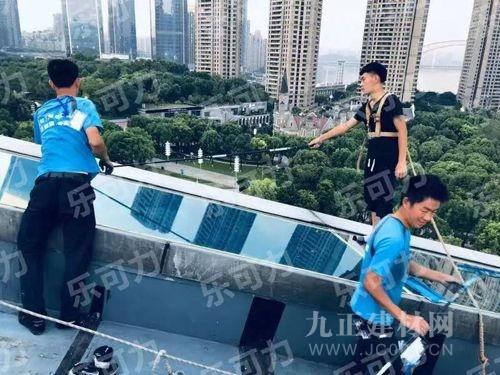 国庆大假,3.5万+来重庆科技馆打卡的小伙伴 感受了乐可力带来的舒适感