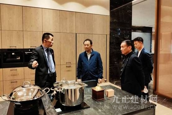 中国绿色家居之都荆门欲打造进口全屋定制典范,KIC优先被市领导考察