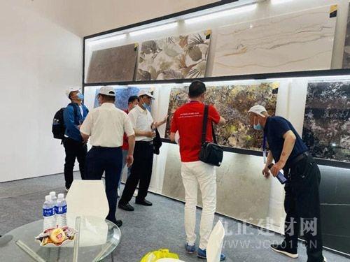 高德·巖板瓷磚驚艷亮相第十二屆中博會