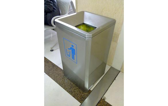 酒店垃圾桶