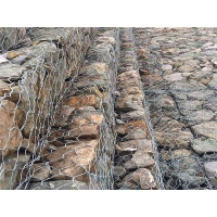 格宾石笼护底  护坡石笼网 高尔凡格宾网箱 价格优惠