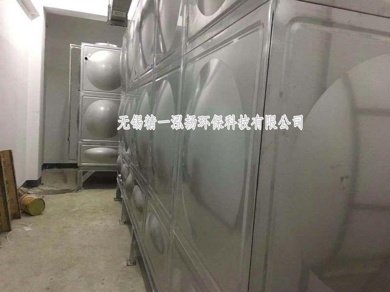 程304不锈钢水箱和不锈钢平板油箱