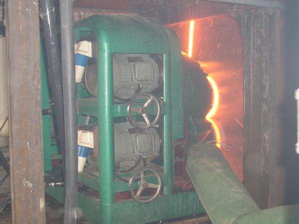 金灿牌-岩棉管炉