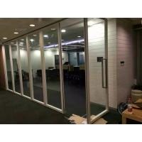 高堂折叠玻璃隔断屏风