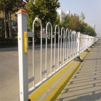 中护牌市政护栏 道路乙型护栏定做 灰色栏杆价格