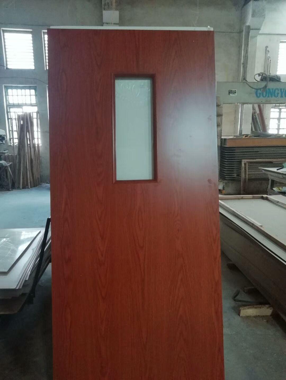 中国门业制造 广东红海豚门厂 复合门 实木门