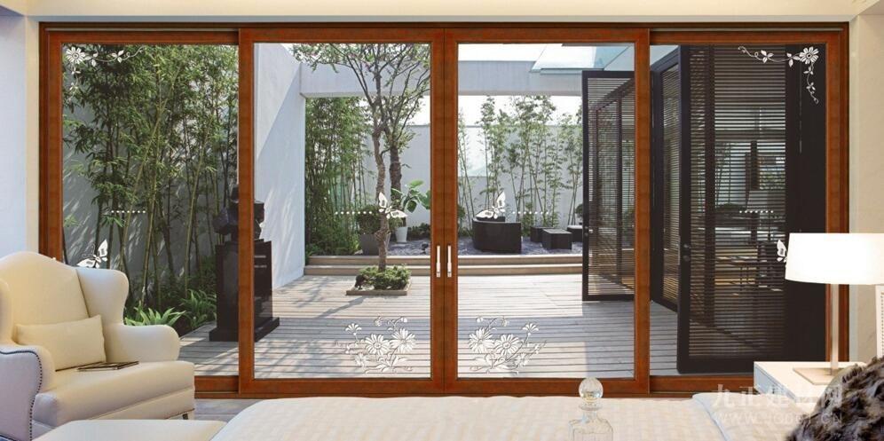 AG体育_铝包木门窗怎样安装?铝包木门窗安装留意事项