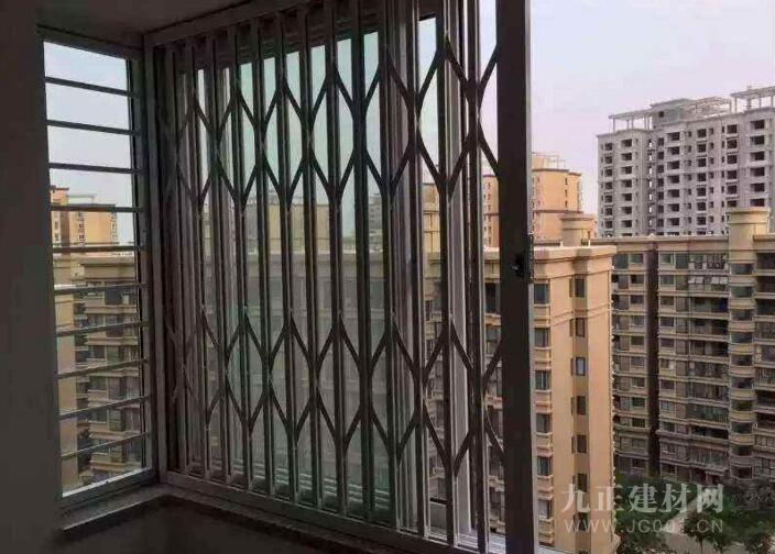AG体育_不锈钢玻璃窗户若何清洗?不锈钢玻璃窗调养方式