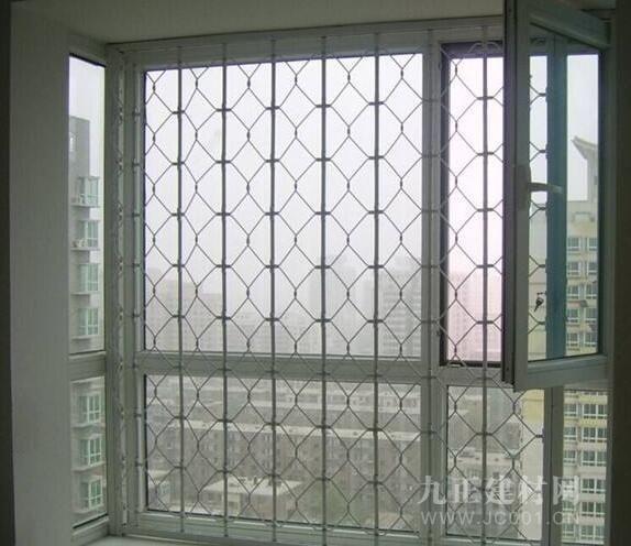 内置推拉防盗窗