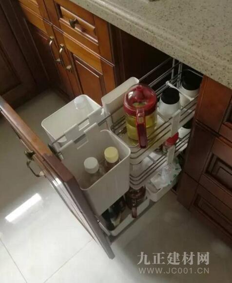 橱柜内部合理设计图片4