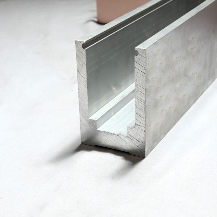 铝型材工厂定制 家装楼梯U型地槽 实心固定包边铝槽
