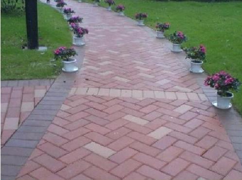 面包磚:山西榆次源頭廠家-200防滑路面磚