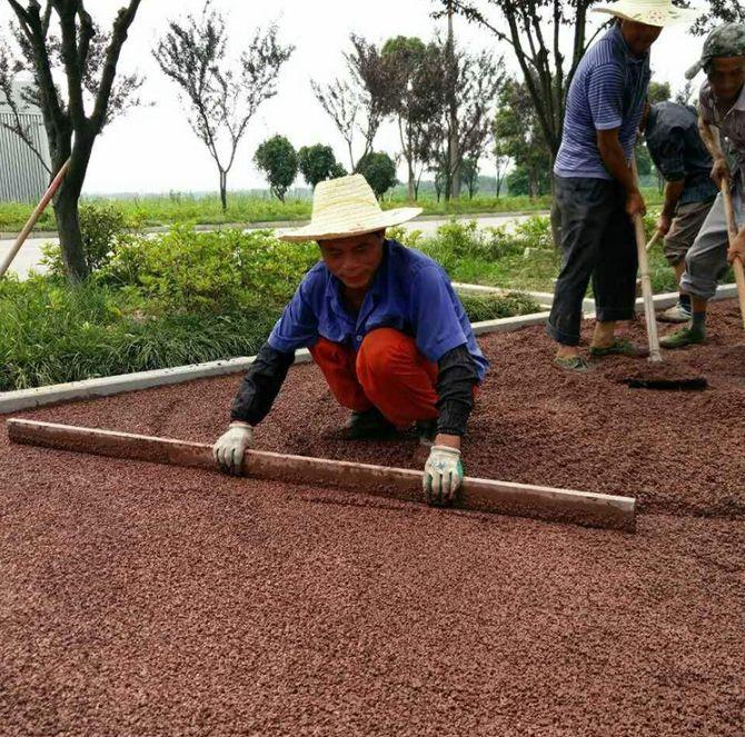 香格里拉市透水路面颜料 透水混凝土 透水路面厂家 低至6元