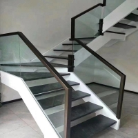 南京楼梯厂家定制实木玻璃楼梯扶手护栏杆立柱踏步板