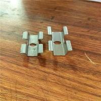 常用的不锈钢一体板扣件有几种