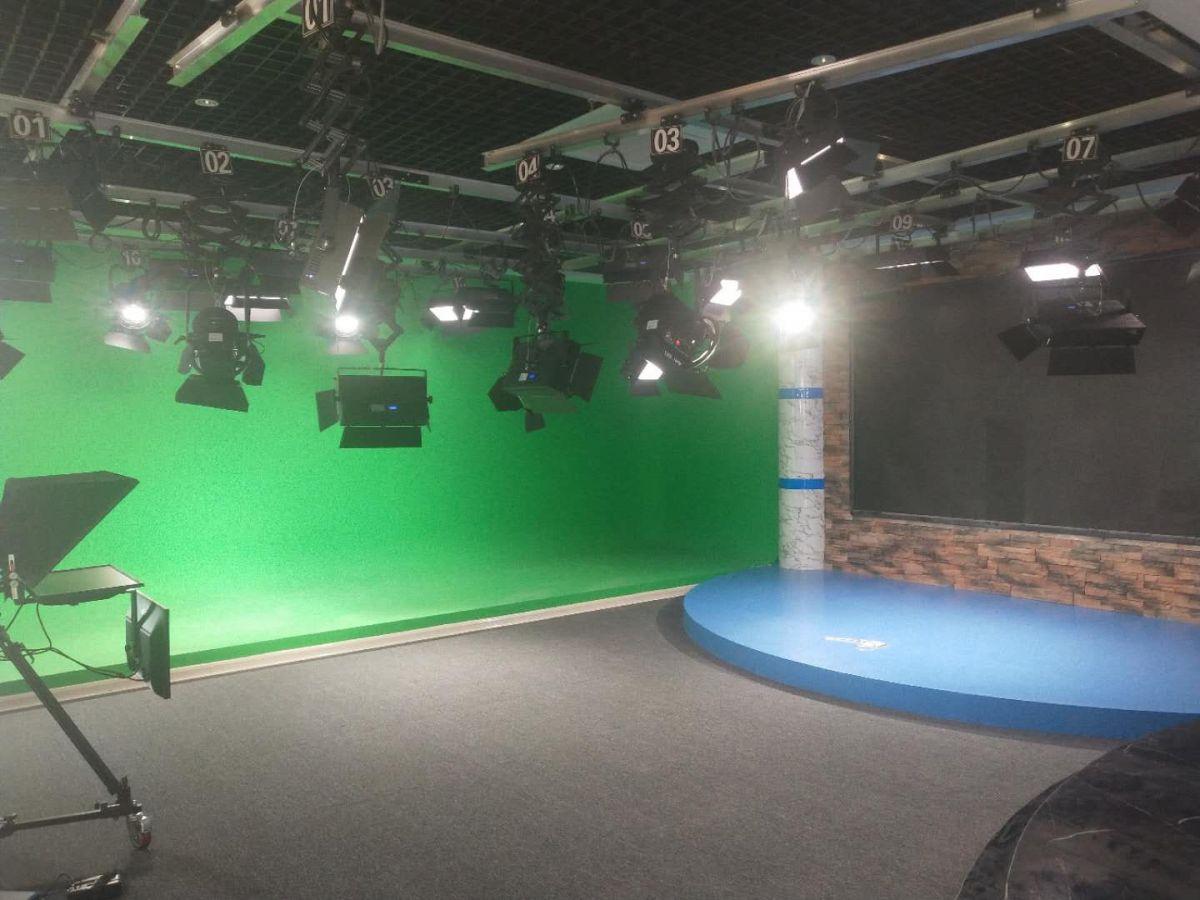 演播室专用灯具影视LED聚光灯大功率摄影灯