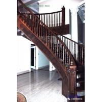 别墅楼梯生产商,免费上门测量安装,请认准墅木楼梯