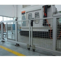 南京门窗型材批发--南京兀傲门窗-断桥铝机器加工