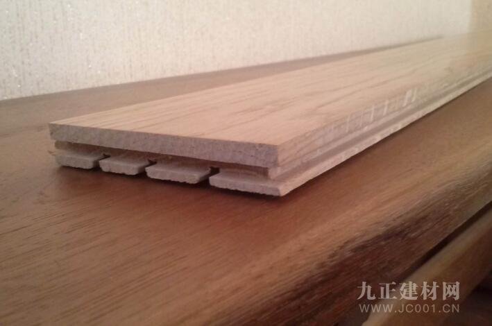 实木三层好还是多层好?两种地板优缺点对比