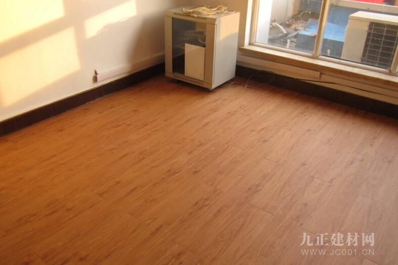 地暖木地板