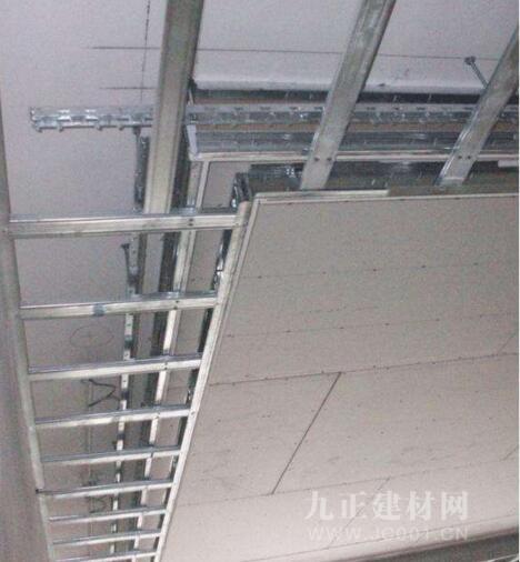 轻钢龙骨石膏板吊顶装修效果图4
