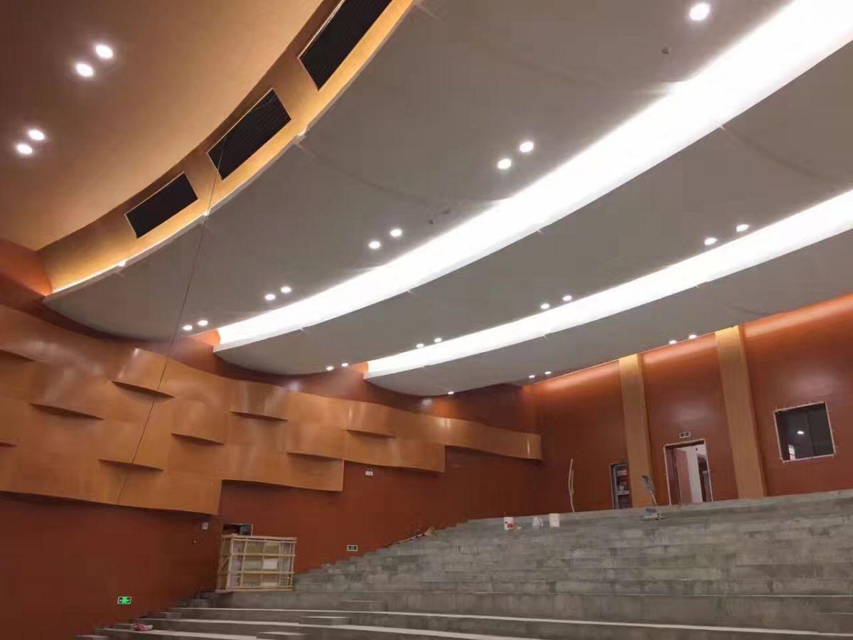 劇院GRG材料吊頂、GRG材料幕墻、GRG材料吸聲板