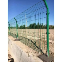 高速公路防护护栏网
