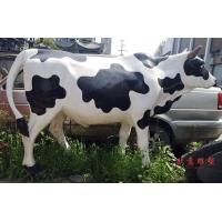 成都卡通雕塑 仿真奶牛 树脂 玻璃钢彩绘仿铜奶牛