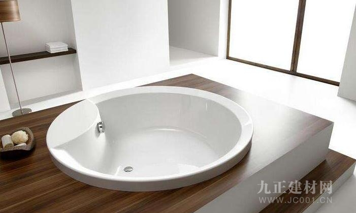 圆形浴缸装修效果图3