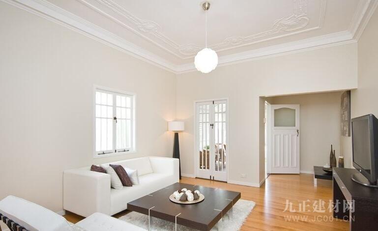 内墙涂料主要的功能是装饰和保护室内墙面(包括天花板),使其美观整洁,让人们处於愉悦的居住环境中。内墙涂料使用环境条件比外墙涂料好,因此在耐候性、耐水性、耐玷污性和涂膜耐温变性等方面要求较外墙涂料要低,就性能来说,外墙涂料可用於内墙,而内墙涂料不能用於外墙。但内墙涂料在环保性方面要求往往比外墙涂料高。