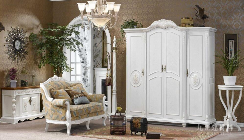 白色家具容易变黄吗?
