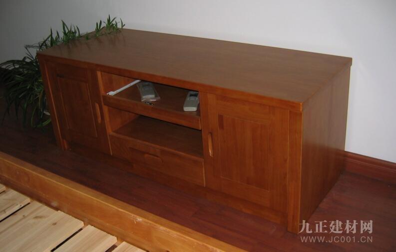 橡胶木家具