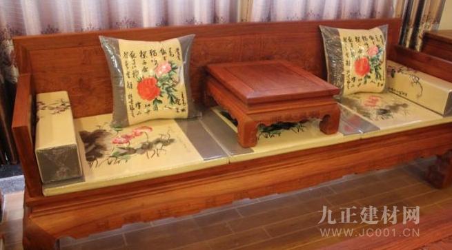 檀丝木家具