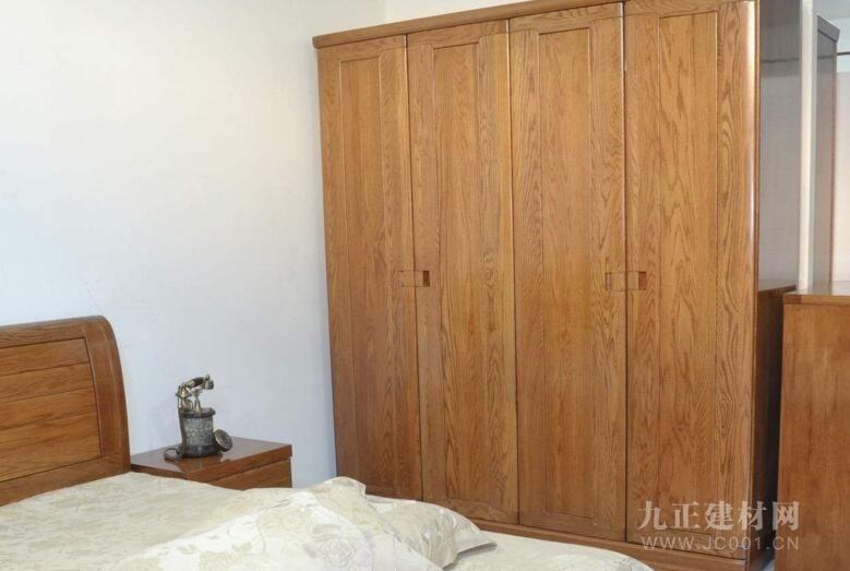 红橡木家具