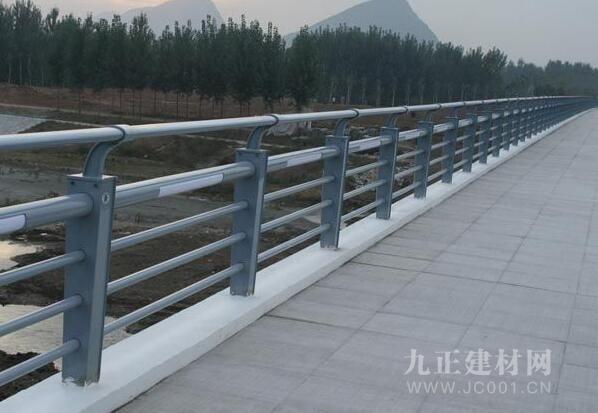 护栏灯图片2