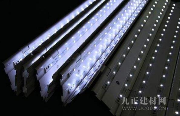 LED灯具
