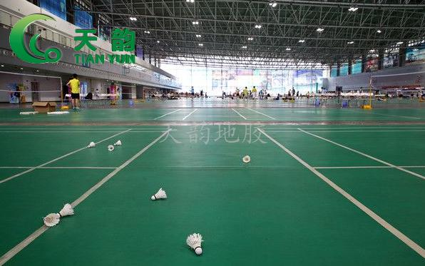 沈阳天韵运动地胶体育馆悬浮拼装地板批发安装