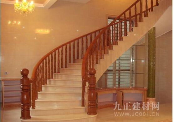 楼梯木扶手安装效果图1