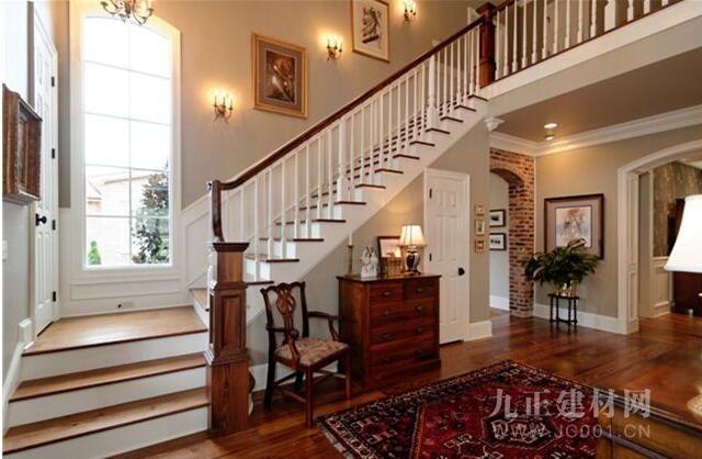 带楼梯的客厅效果图欣赏