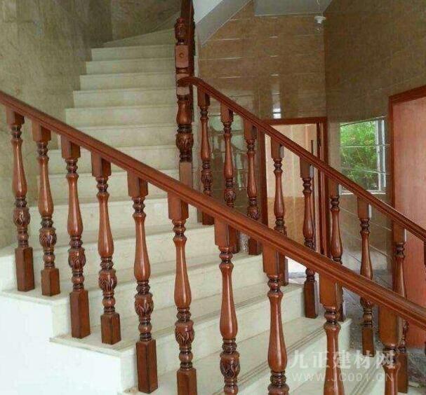 实木楼梯护栏图片3