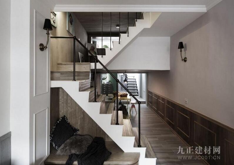 家装楼梯设计效果图3