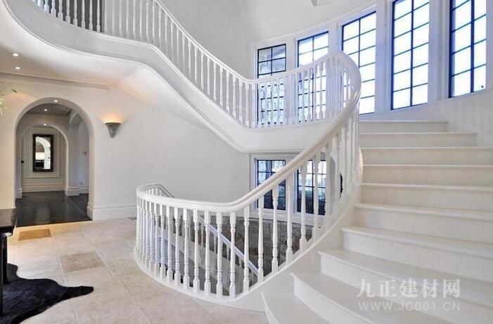 别墅旋转楼梯设计效果图1