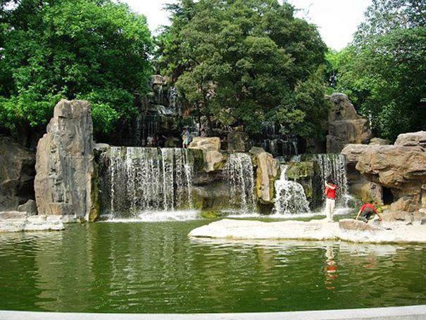 GRC假山塑石景观