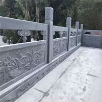 厂家生产各种款式石栏杆 浮雕石护栏 专业师傅雕刻